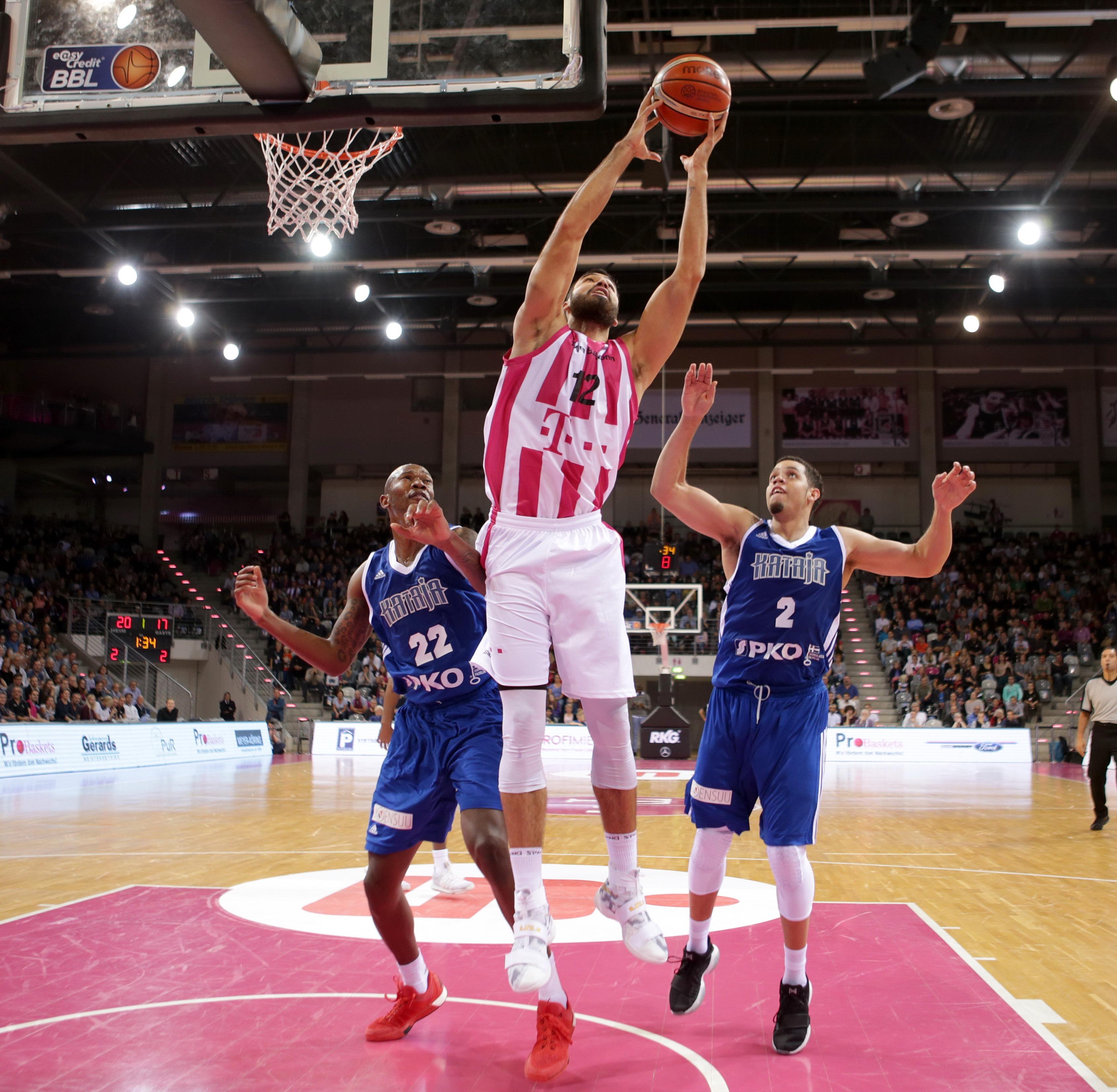 Downloads - Telekom Baskets Bonn