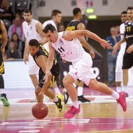 Anthony DiLeo / Telekom Baskets Bonn vs. Mauricio Marin / Walter Tigers T