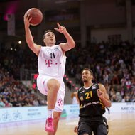 Anthony DiLeo / Telekom Baskets Bonn vs. Walter Tigers T