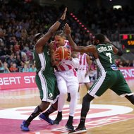Julian Gamble / Telekom Baskets Bonn vs. Nanterre 92 , Basketball Champions League BCLFoto: J