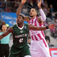 Julian Gamble / Telekom Baskets Bonn nvs. Nanterre 92 , Basketball Champions League BCLFoto: J