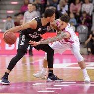 Telekom Baskets Bonn vs. s.Oliver W