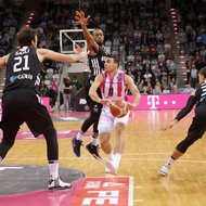 Anthony DiLeo / Telekom Baskets Bonn vs. Besiktas Istanbul , Basketball Champions LeagueFoto: J