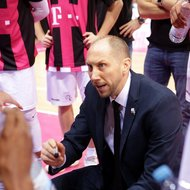 Trainer Chris O'Shea / Telekom Baskets Bonn vs. Gie