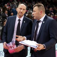 Trainer Chris O'Shea, Co-Trainer Savo Milovic / Telekom Baskets Bonn vs. Gie