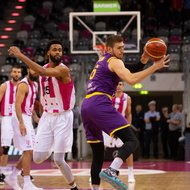 Telekom Baskets Bonn vs. Hapoel Holon , Basketball Champions LeagueFoto: J