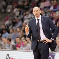 Trainer Chris O'Shea / Telekom Baskets Bonn vs. Eisb