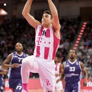 Anthony DiLeo / Telekom Baskets Bonn vs. Eisb