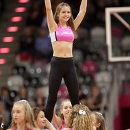 Baskets Junior Danceteam / Cheerleader der Telekom Baskets Bonn mit Haribo T