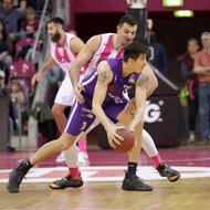 Bojan Subotic / Telekom Baskets Bonn vs. Derek Willis / BG G