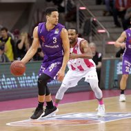 Josh Mayo / Telekom Baskets Bonn vs. Dominic Lockhart / BG G