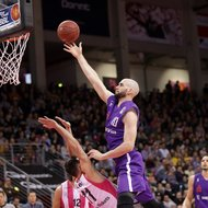 Anthony DiLeo / Telekom Baskets Bonn vs. Dennis Kramer / BG G