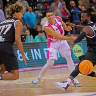Anthony DiLeo / Telekom Baskets Bonn vs. PAOK Thessaloniki , Basketball Champions League Foto: J