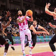 Trey McKinney-Jones / Telekom Baskets Bonn vs. PAOK Thessaloniki , Basketball Champions LeagueFoto: J