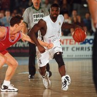 Taylor Dribbling Wolter